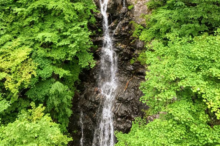 三頭大滝の全体像