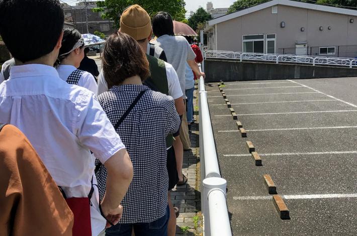 オフザグリッドの入園まで並ぶ行列
