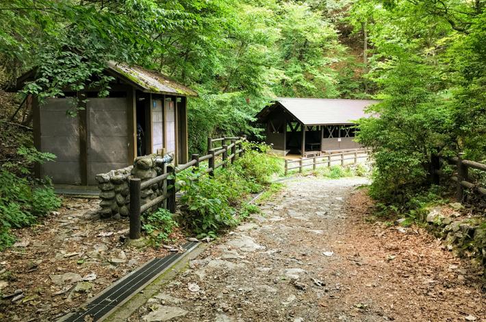 大滝休憩小屋の様子