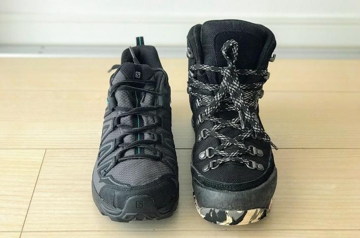 登山靴サロモン X ULTRA 3 PRIME GTXとコロンビア カラサワIIプラスオムニテックを前から比較している