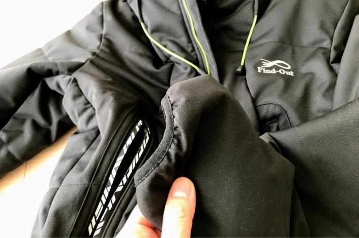 ワークマンプラス ファインドアウト STROM SHIELD WARM ジャケットの手首の部分